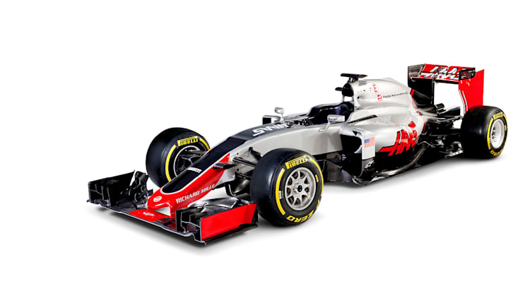 Haas VF-16 front three quarter