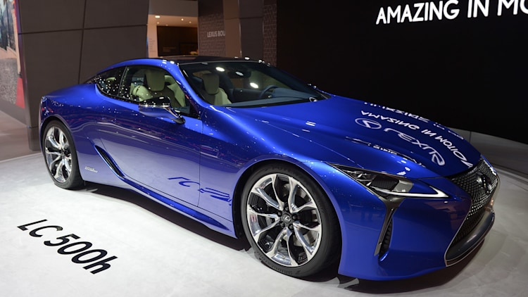 2018 lexus lc 500h is a wonderful mechanical mishmash autoblog. Black Bedroom Furniture Sets. Home Design Ideas
