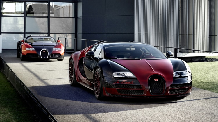 Bugatti Veyron first and last