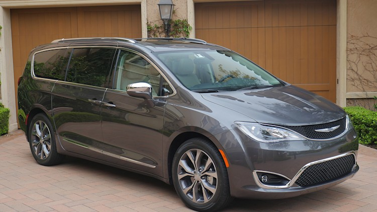 2017 Chrysler Pacifica First Drive - Autoblog
