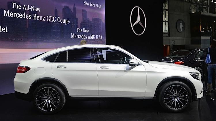 2017 mercedes benz glc coupe new york 2016 photo gallery. Black Bedroom Furniture Sets. Home Design Ideas