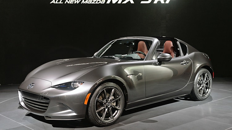Surprise! 2017 Mazda MX-5 RFs are already being delivered ...