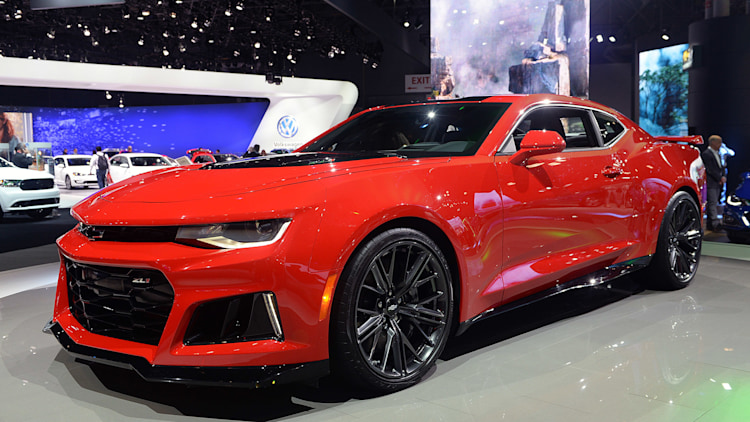 2017 Chevrolet Camaro Zl1 Brings Lots Of Firepower Gears