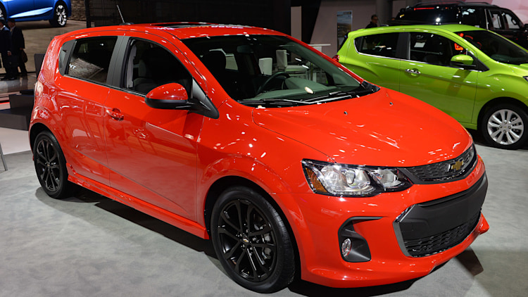 2017 chevy sonic downsizes camaro styling in new york. Black Bedroom Furniture Sets. Home Design Ideas