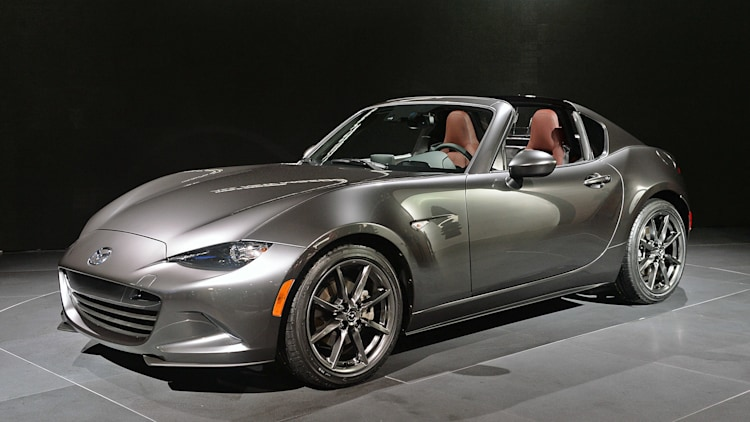Mazda MX-5 RF retractable roof