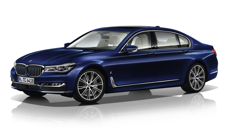 BMW M760i xDrive The Next 100 Years Edition front 3/4 white
