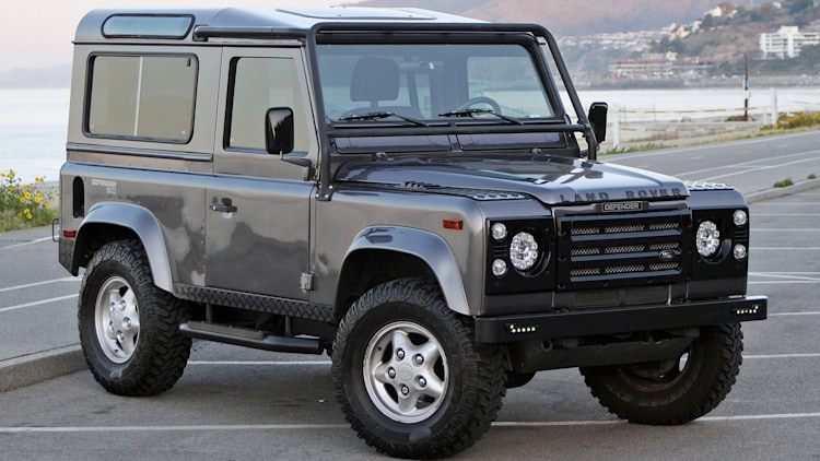 1997 west coast defenders land rover defender 90 first drive autoblog. Black Bedroom Furniture Sets. Home Design Ideas