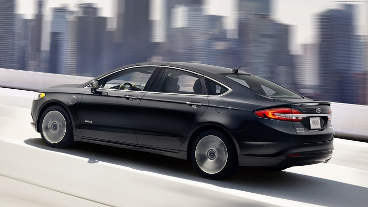 08-2017-ford-fusion-review-1.jpg