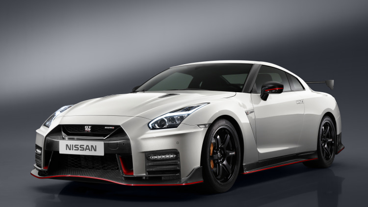 2017 Nissan GT-R Nismo somehow still a bargain at $176,585 - Autoblog