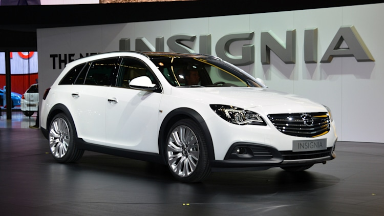 opel insignia country tourer is the buick crossover we really want w video autoblog. Black Bedroom Furniture Sets. Home Design Ideas