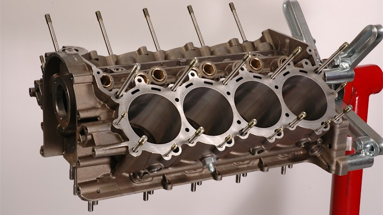 Gm R07 Nascar Race Engine Photo Gallery Autoblog