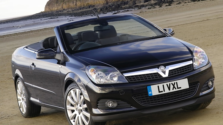 Vauxhall Astra TwinTop Exclusiv Black