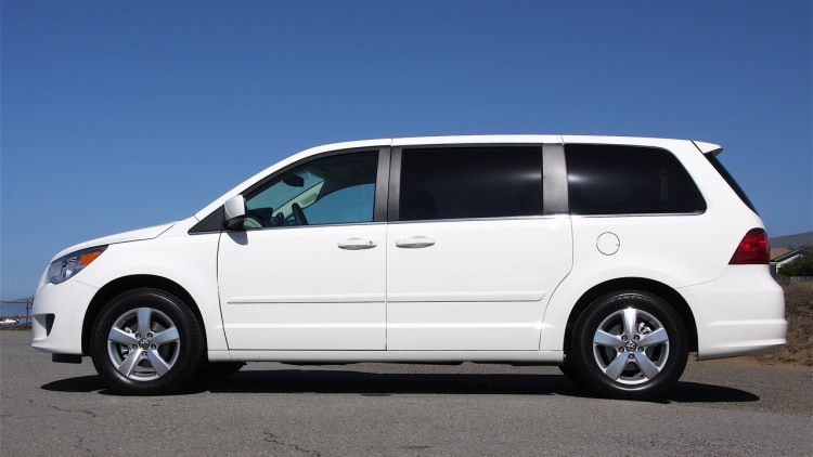 18k vw routan minivans added to ignition switch recall. Black Bedroom Furniture Sets. Home Design Ideas
