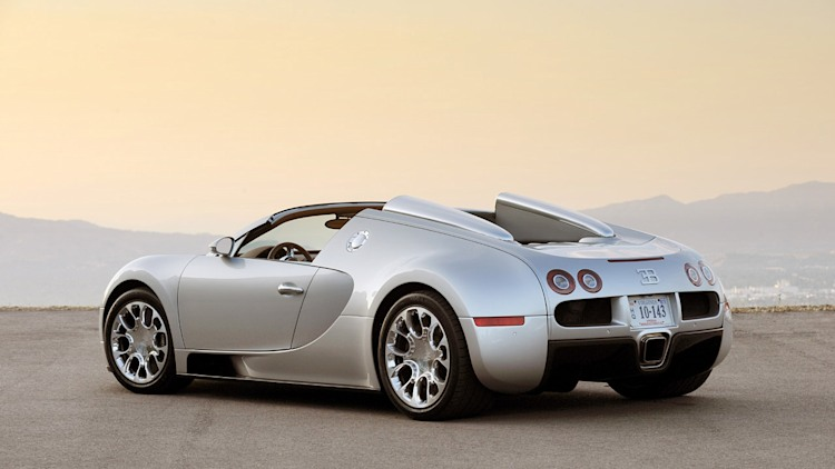 first drive bugatti veyron 16 4 grand sport photo gallery. Black Bedroom Furniture Sets. Home Design Ideas