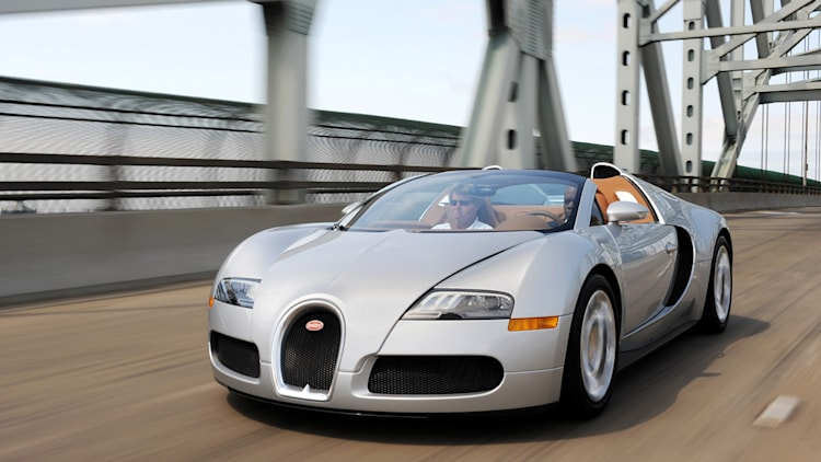 Bugatti Veyron operating costs so expensive, it's cheaper to use a ...