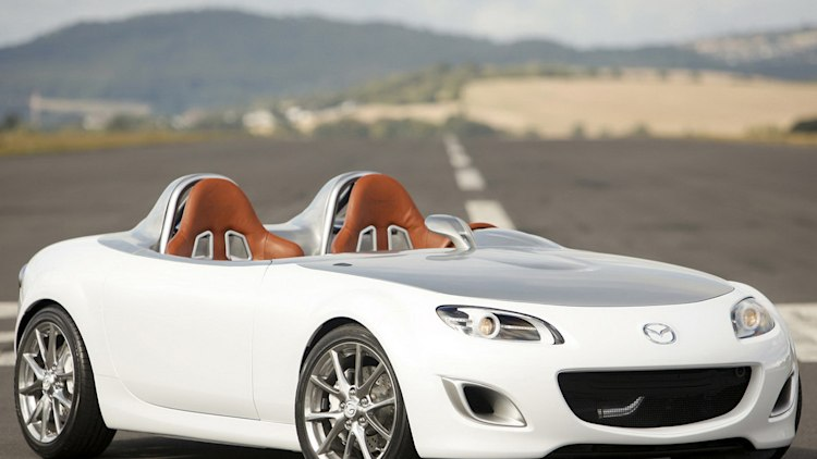 01-mazda-superlight-concept-press