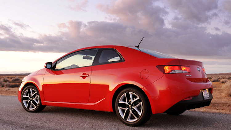 Review 2010 Kia Forte Koup Sx A Beauty Queen That Can T