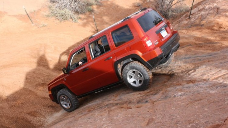 Gallery  Proof That The Jeep Patriot Doesn U0026 39 T Have To Be A Poseur