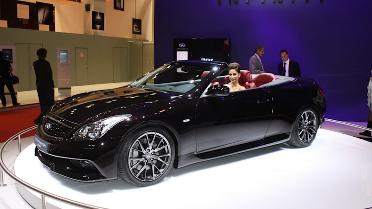 Paris 2010: 2011 Infiniti IPL G Convertible
