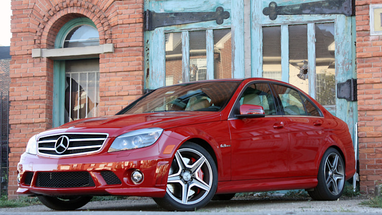 2011 Mercedes-Benz C63 AMG Performance Pack
