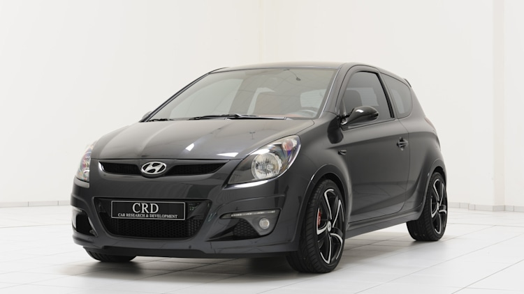 Hyundai i20 Sport Edition front three-quarter