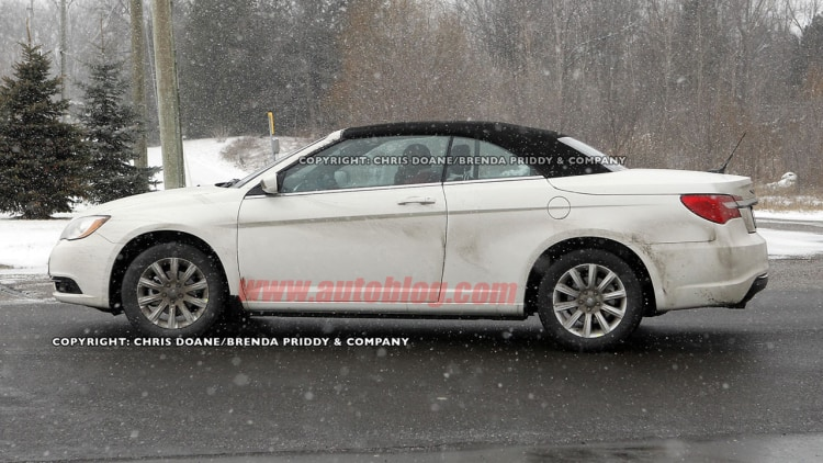 Spy Shots: 2012 Chrysler 200 Convertible