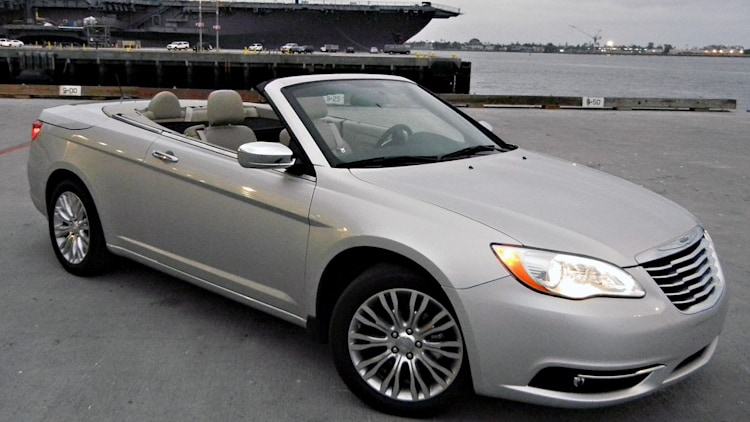 2011 chrysler 200 convertible first drive photo gallery. Black Bedroom Furniture Sets. Home Design Ideas
