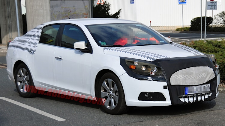 2012 Chevrolet Malibu: Spy Shots