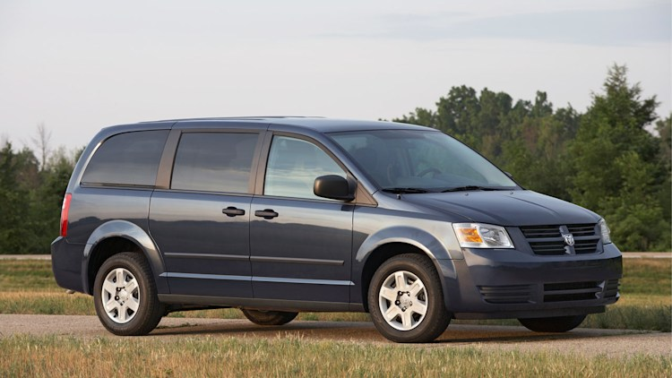 Chrysler recalling 700k minivans and Dodge Journey for ignition switch woes