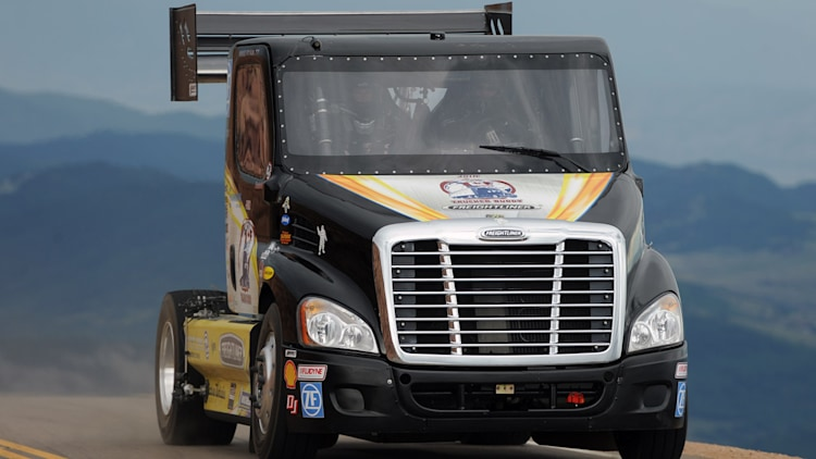 Mike Ryan's Freightliner Cascadia Pikes Peak Special