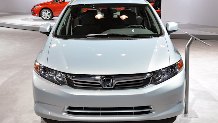 2014 honda civic natural gas hybrid on sale in february for Honda civic natural gas for sale