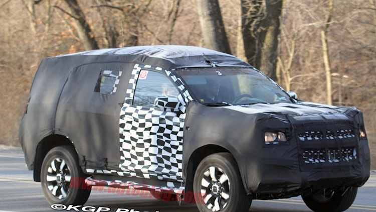 Chevrolet Colorado-based SUV: Spy Shots