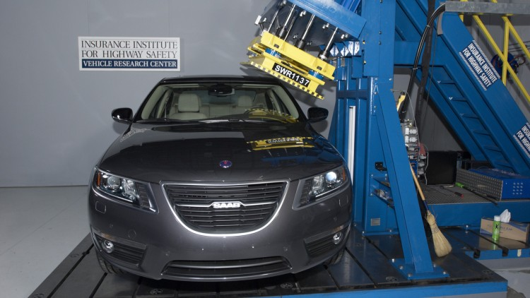 2011 Saab 9-5 is an IIHS Top Safety Pick