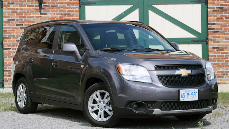 2012 chevrolet orlando first drive photo gallery autoblog. Black Bedroom Furniture Sets. Home Design Ideas