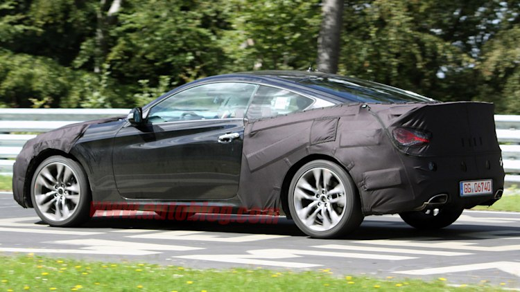2013 Hyundai Genesis Coupe facelift spotted - Autoblog
