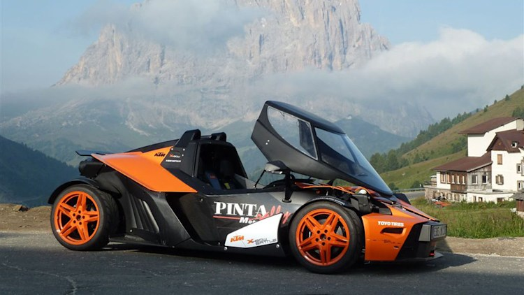KTM X-Bow gets a roof, thinks it's a Stratos [w/videos ...
