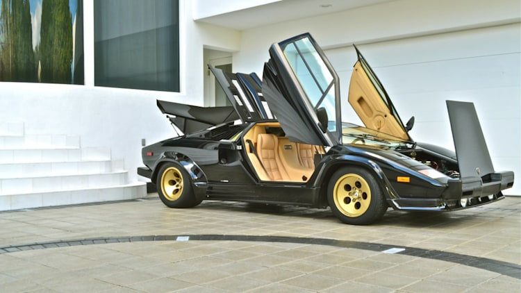 ebay find of the day 1987 lamborghini countach 5000 qv is a 1 200 mile time warp autoblog. Black Bedroom Furniture Sets. Home Design Ideas