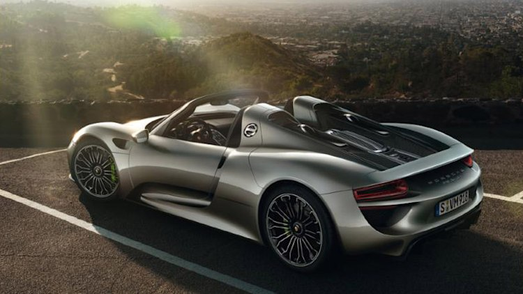 porsche 918 spyder brochure leaks onto web w video autoblog. Black Bedroom Furniture Sets. Home Design Ideas