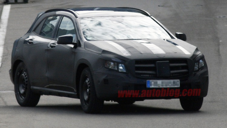 2014 Mercedes-Benz GLA-Class spy photos