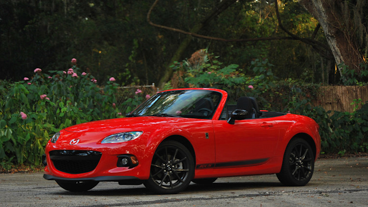 2013 Mazda MX-5 Miata Club: First Spin