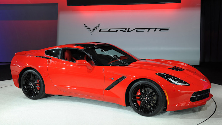 2014 chevrolet corvette stingray detroit 2013 photo gallery. Black Bedroom Furniture Sets. Home Design Ideas
