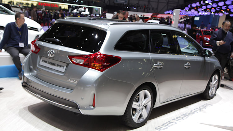 Does this dealer leak hint at a Toyota Corolla wagon ...