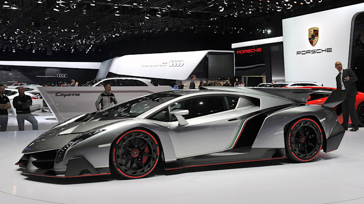 Lamborghini Veneno In Detail Geneva 2013 Photo Gallery Autoblog