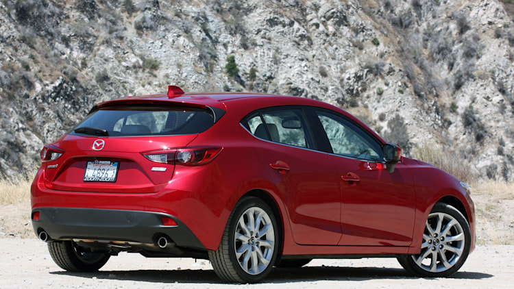 2015 mazda3 finally pairs 6 speed manual with larger engine autoblog. Black Bedroom Furniture Sets. Home Design Ideas