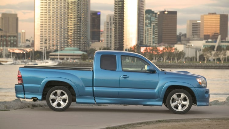 2005 08 toyota tacoma x runner photo gallery autoblog. Black Bedroom Furniture Sets. Home Design Ideas