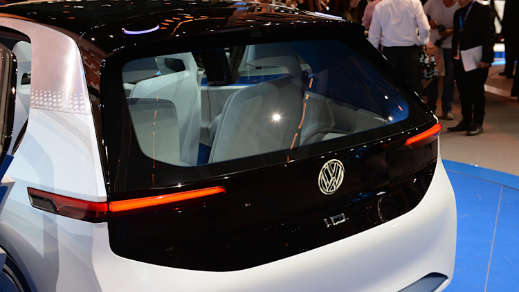 What the volkswagen i d concept tells us about the post for Garage volkswagen paris 10