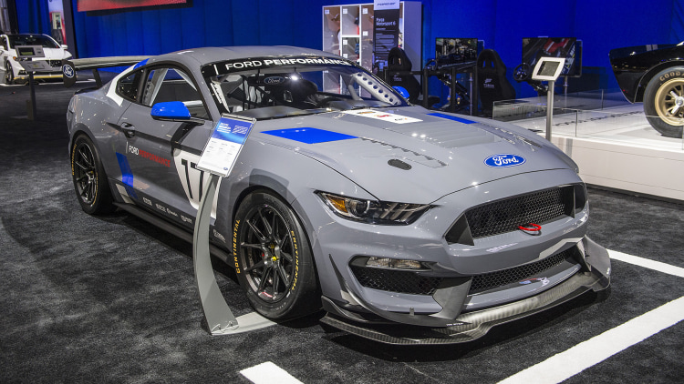 the ford mustang gt4 is ready to take on racers worldwide   autoblog
