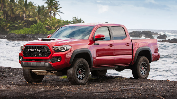 2017 toyota tacoma trd pro first drive photo gallery. Black Bedroom Furniture Sets. Home Design Ideas