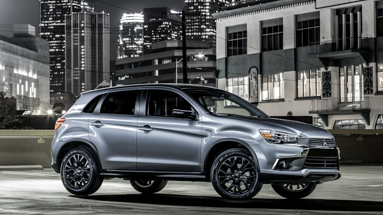 the 2017 mitsubishi outlander sport limited edition debuts in chicago autoblog. Black Bedroom Furniture Sets. Home Design Ideas