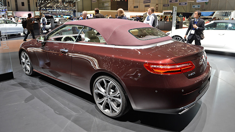 Mercedes Benz E Class Updates in addition 2005 Mercedes Benz E Class Pictures C6086 pi36562089 besides 2018 Mercedes Benz E Class Cabriolet Geneva 2017 likewise respond together with Mercedes E63 Amg S Et Son Mode Drift. on mercedes benz e350 wagon